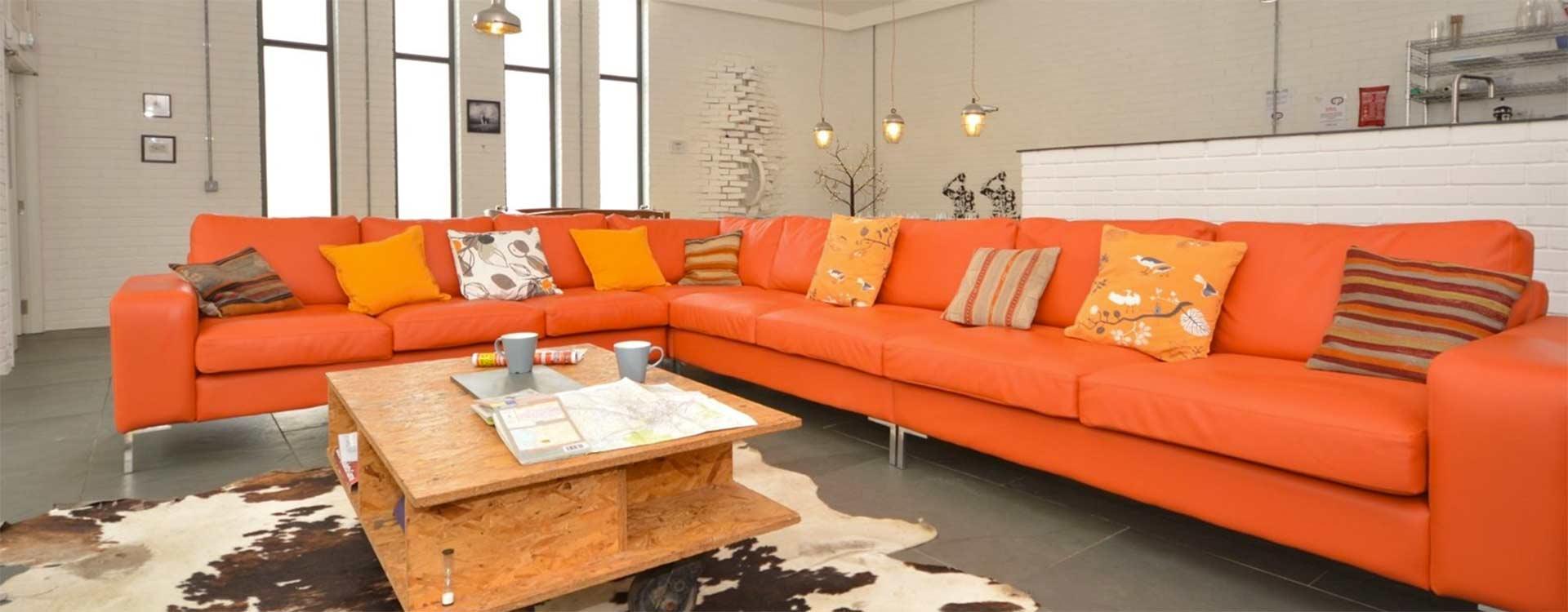 contemporary-living-area